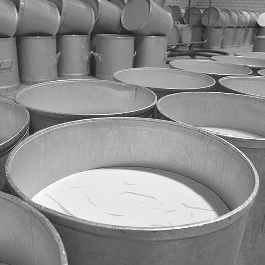 Caillage du lait cru - Sèvre & Belle - Atelier de la Sèvre